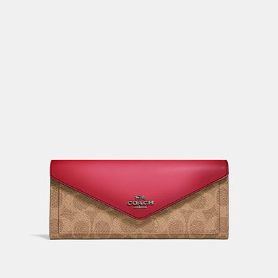 Cartera-suave-en-Coated-Canvas-Colorblock---Coach